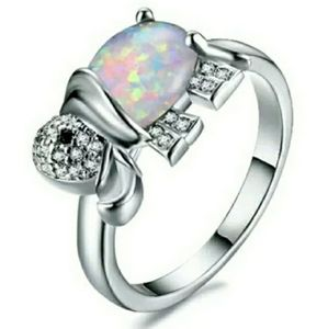 Jewelry - 🎈10/$30 Silver white opal elephant ring size 6